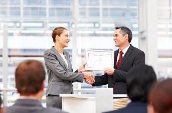 佛山代办营业执照:增加、补领、换发营业执照到底如何操作?